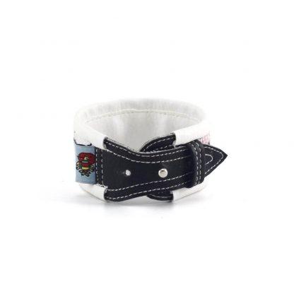 Fehér-fekete baromfis karkötő