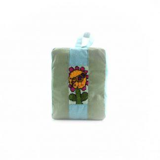 Zöld kismadaras pikk-pakk táska