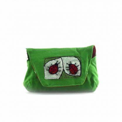 Zöld katicás papírzsebkendő tartó