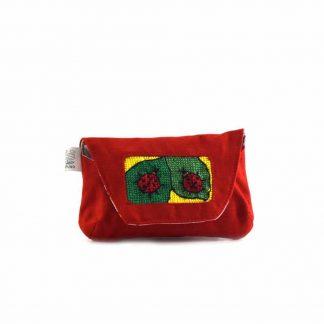 Piros zöld leveles katicás papírzsebkendő tartó
