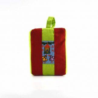 Piros-zöld madáretetős pikk-pakk táska