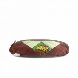 Barna-zöld sünis tolltartó