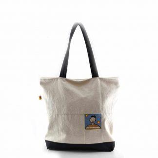Törtfehér bőrbetétes táska