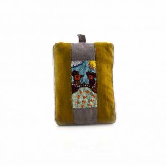 Barna-mintás csibepáros pikk-pakk táska