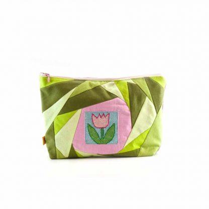 Zöld-rózsaszín tulipános neszesszer-kollekció