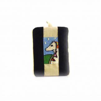 Barna-fekete lovas pikk-pakk táska