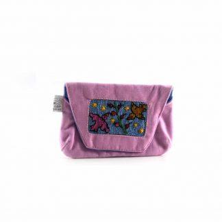 Rózsaszín csipkebogyós papírzsebkendő tartó
